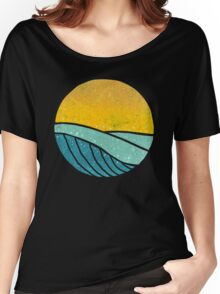 Vintage Sea Wave On Tides Women's Relaxed Fit T-Shirt
