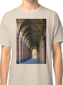 Portico in Bologna with columns and arched pathway. Classic T-Shirt