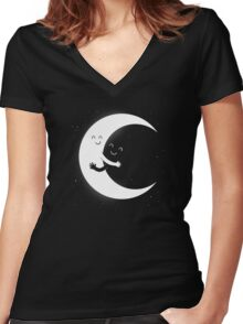 Gifts For Mom - Moon Hug Shirt - Funny Picture T-Shirt Women's Fitted V-Neck T-Shirt