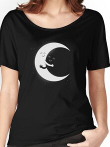 Gifts For Mom - Moon Hug Shirt - Funny Picture T-Shirt Women's Relaxed Fit T-Shirt