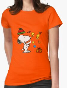 Snoopy christmas gifts Womens Fitted T-Shirt