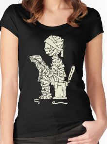 Mummy Read The Newspaper Women's Fitted Scoop T-Shirt