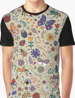 Beetles & berries - taupe Graphic T-Shirt