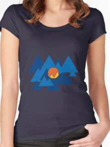 Mountain Geo Women's Fitted Scoop T-Shirt