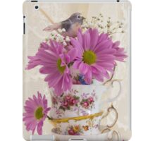 Tea Cups And Daisies  iPad Case/Skin