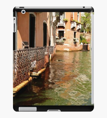 Traditional Buildings iPad Case/Skin