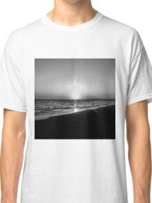 BEACH DAYS VII Classic T-Shirt