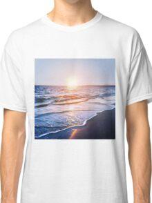 BEACH DAYS IX Classic T-Shirt