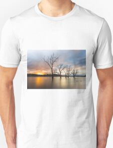 Wyaralong Dam Sunset Unisex T-Shirt