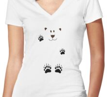 SAY HI TO THE BEAR IN THE SNOWSTORM Women's Fitted V-Neck T-Shirt