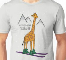Skiraffe im Schnee Unisex T-Shirt
