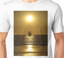 Golden Silhouette of a Pearl Lugger - Cable Beach Unisex T-Shirt