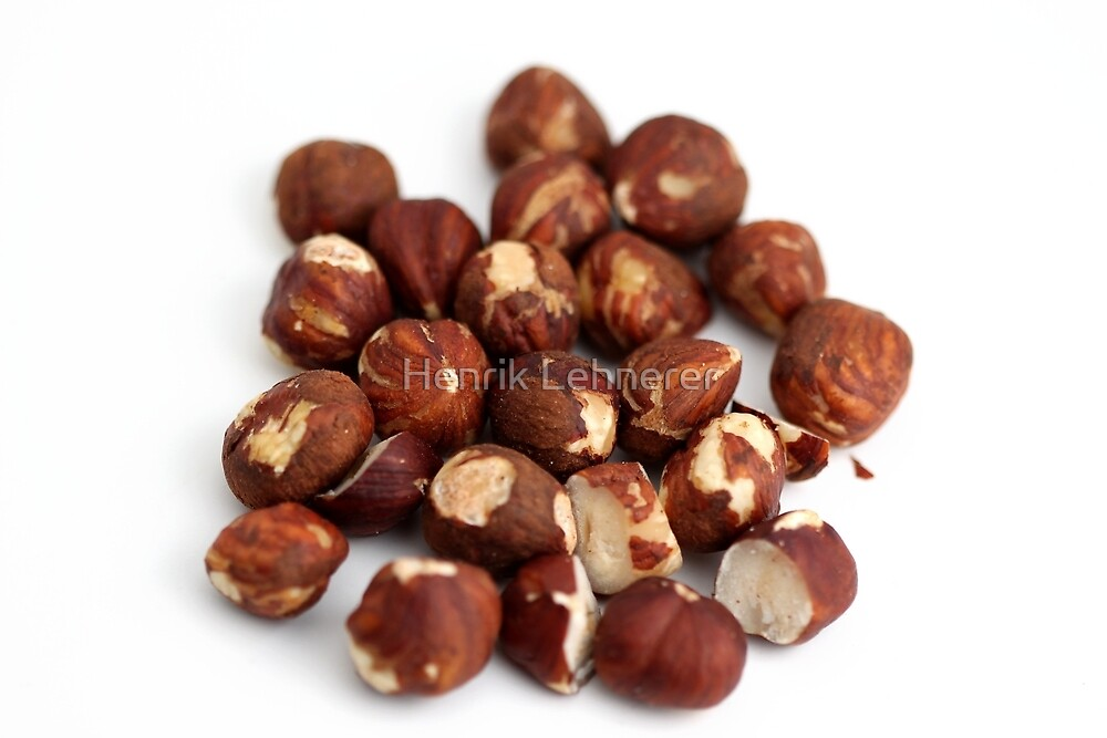 Hazelnuts by Henrik Lehnerer
