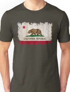 California Republic state flag - distressed edges on spruce planks Unisex T-Shirt