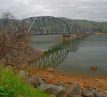 Bethanga bridge at dusk. by ndarby1