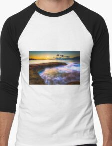 Curved rock and abstract waters at dawn Men's Baseball ¾ T-Shirt
