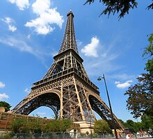 eIFFEL TOWER by samandoliver
