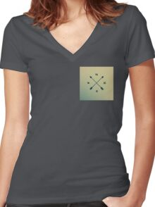 Arrow Compass Women's Fitted V-Neck T-Shirt