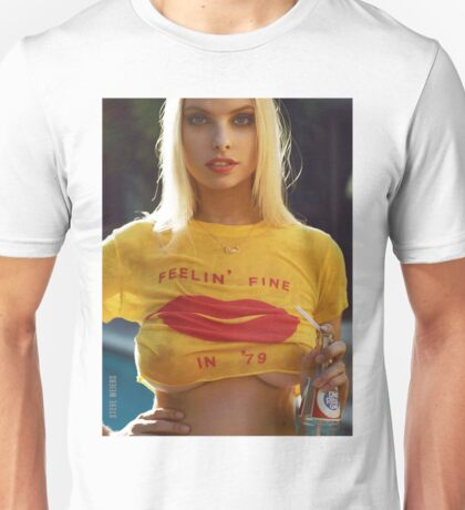 FEELIN FINE -WET HOT SUMMER Unisex T-Shirt