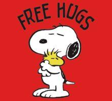 Free Hugs,Snoopy Kids Tee