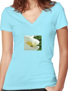 Beautiful Calla Flower On Green Natural Background  Women's Fitted V-Neck T-Shirt