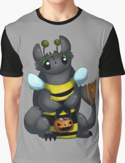 Toothless Trick or Treating Graphic T-Shirt
