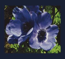 Two Blue Mauve Anemone - Close Up Windflowers Kids Tee