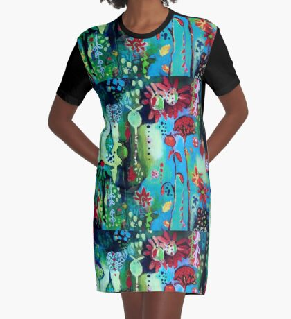 In Amongst The Blooms Graphic T-Shirt Dress