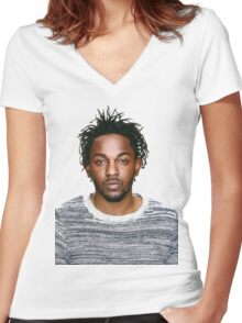 In love with Kendrick Lamar Women's Fitted V-Neck T-Shirt