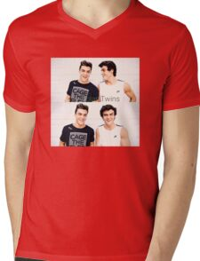 Grayson and Ethan happy <3 Mens V-Neck T-Shirt