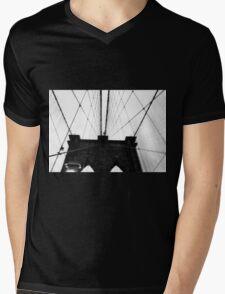 Brooklyn Bridge Mens V-Neck T-Shirt