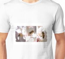 Beeing in the Moment Unisex T-Shirt