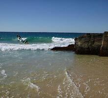 Surfing Currumbin Alley by FangFeatures