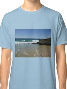 Surfing Currumbin Alley Classic T-Shirt