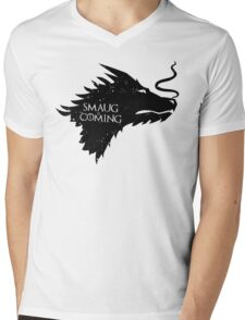 The Desolation Of Smaug - Smaug is Coming Mens V-Neck T-Shirt