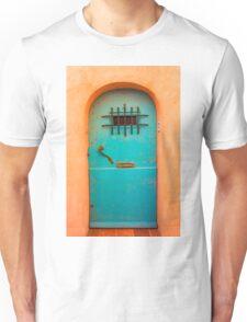 Vintage blue door Unisex T-Shirt
