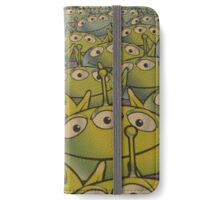 Little Green Men Friendly 3 Eyed Aliens  iPhone Wallet/Case/Skin