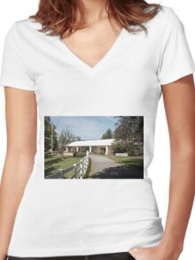 Family  Fun in Pennsylvania Women's Fitted V-Neck T-Shirt