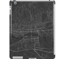 Zagreb, Croatia Map. (White on black) iPad Case/Skin