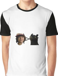 toothless > toothless Graphic T-Shirt