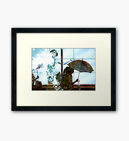 Double pluie à Shibuya Framed Print