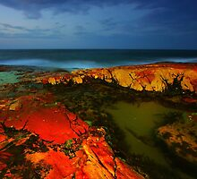 South West Rocks at Night by David  Hibberd