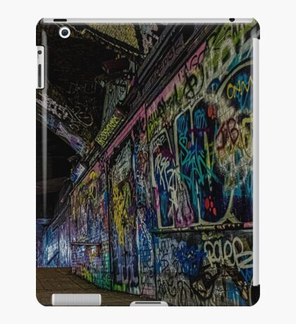 Graffiti Leake Street iPad Case/Skin