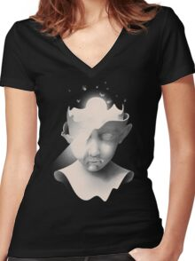 Insight Women's Fitted V-Neck T-Shirt