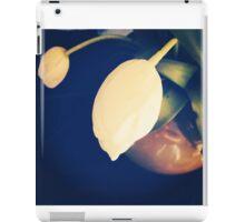 Pretty flower iPad Case/Skin