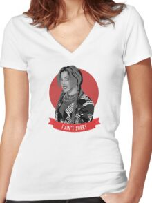 i ain't sorry Women's Fitted V-Neck T-Shirt