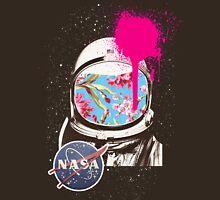 Spacemen are weird Unisex T-Shirt