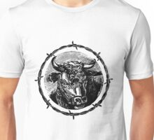 Vintage Cattle Head in Barb Wire frame - Woodcut Unisex T-Shirt
