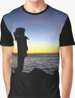 The girl and the ocean Graphic T-Shirt