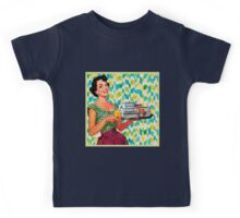 Oh the good old 1950 era. vintage,retro,1950,beautiful smiling lady holding ice-cream,butter and more on plate. Kids Tee